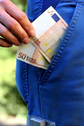 Nicht unter Zeitdruck setzen lassen: Windige Vermittler ziehen Ahnungslosen das Geld aus der Tasche