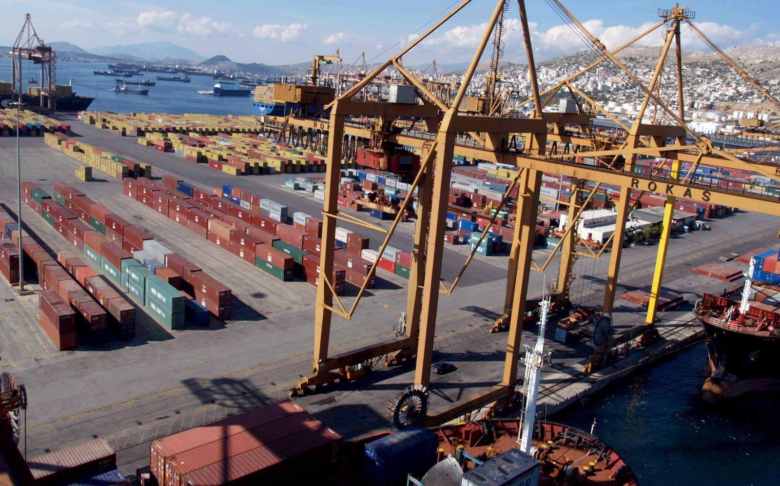 SPIEGEL 46/2011 pp110 SPIN Griechenland Hafen