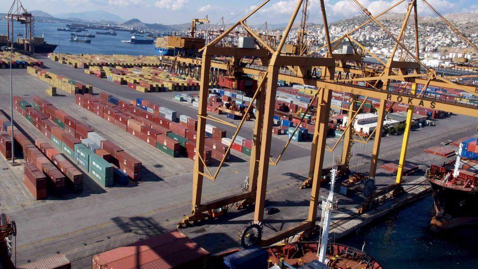 Exporte deutlich gestiegen: Container im Hafen von Piräus