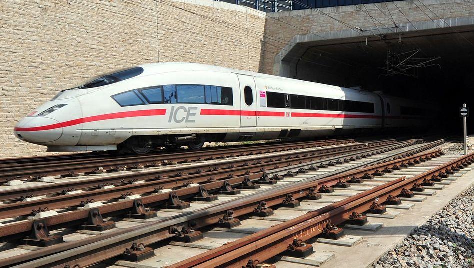 Staatsunternehmen Bahn: Schienennetze und Bahn-Konzerne bleiben nach dem Willen der EU-Parlamentarier eins, mehr Wettbewerb auf der Schiene wird damit verhindert