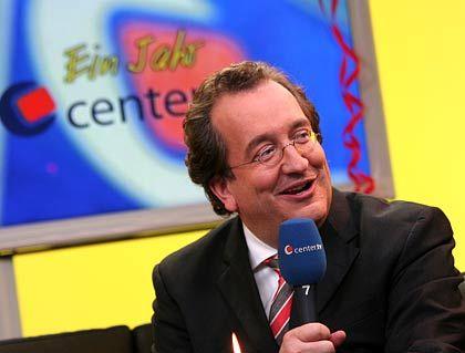 Andre Zalbertus ist Gründer und Senderchef von Center.TV, das seit zwei Jahren aus Köln Heimatfernsehen sendet. Mittlerweile gibt es den TV-Kanal auch in Düsseldorf und Bremen, bald zudem im Ruhrgebiet und womöglich in Hannover.