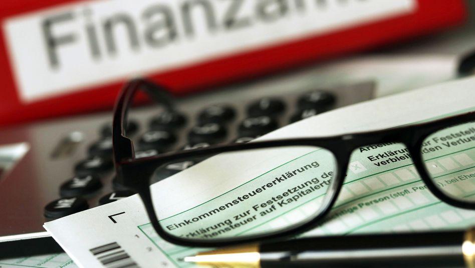 Alle Jahre wieder: Die Steuererklärung wird für manche Investoren künftig einfacher, denn die Fondsbesteuerung wird vereinheitlicht