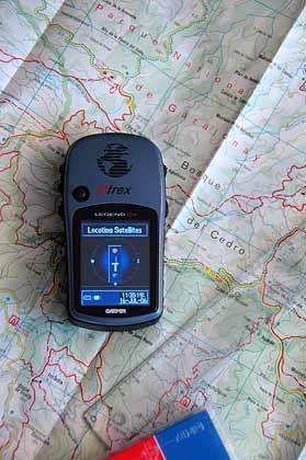 Ohne Vorbereitung geht es nicht: Auch eine Wanderung mit GPS muss mit einer Karte geplant werden