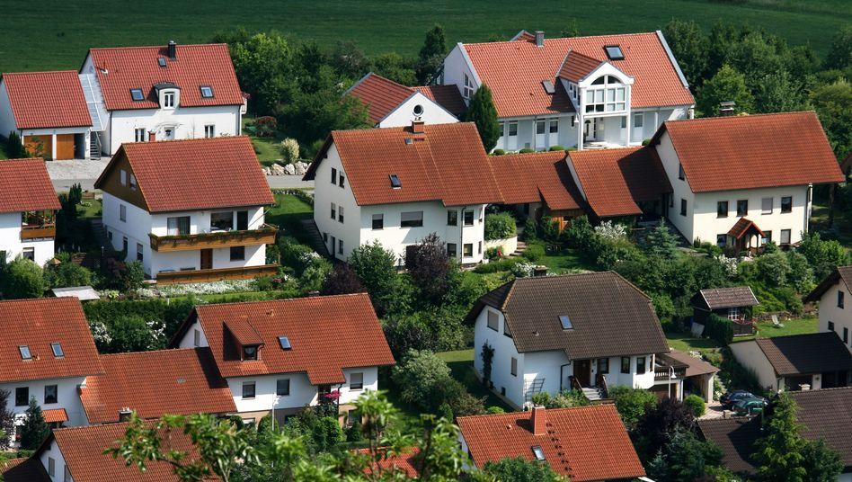Neubauten im thüringischen Bad Colberg-Heldburg: Die Preisanstieg der vergangenen Jahre haben vielerorts die Renditen sinken lassen.