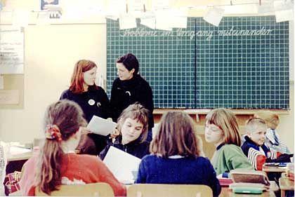 Ohne Fleiß kein Preis: Lehrerinnen an einer Grundschule