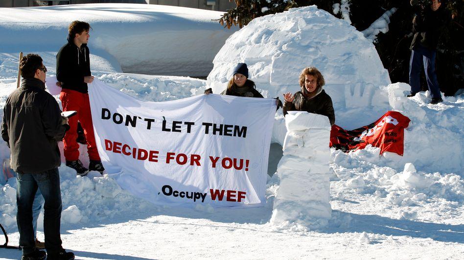 Protest im Schnee: Die Occopy-Bewegung in Davos