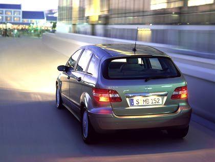 Mercedes-Benz B-Klasse: Ladekante angenehm tief hinunter gezogen.