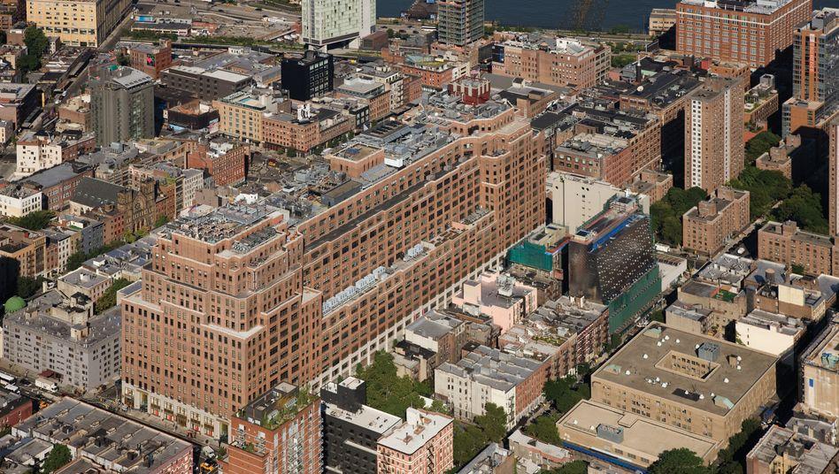 Verkauf: Das größte Objekt des Fonds Jamestown 25 nimmt in New York einen ganzen Häuserblock ein. Der Internetkonzern Google kauft das Gebäude, das zeitweise auch über Aufzüge für Lkw verfügte, für 1,8 Milliarden Dollar