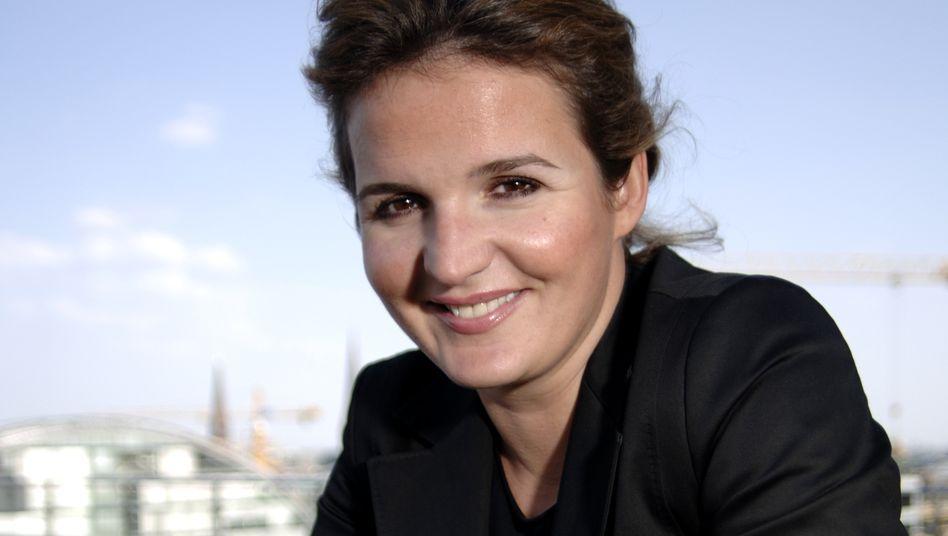 Nina Öger: Gründete mit Ihrem Vater einen neuen Reiseveranstalter - V.Ö. Travel