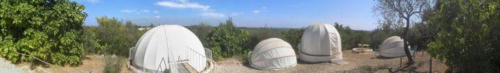 Kleine Sternwarte mit angeschlossener Unterkunft: Das Centro de Observação Astronómica no Algarve in Portugal