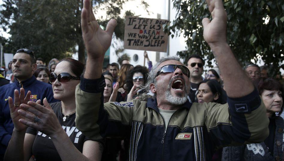 Jubel in Nikosia: Guthaben bis 20.000 Euro sollen von der Zwangsabgabe befreit werden