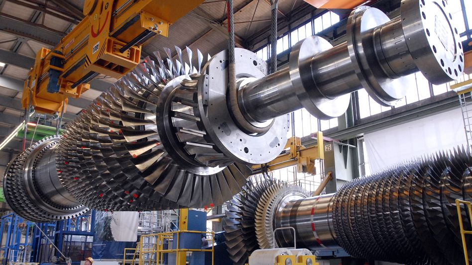 Turbine im Kraftwerk Irsching: Mit einer Leistung von 370 Megawatt (MW) ist sie die größte und leistungsstärkste Gasturbine der Welt.
