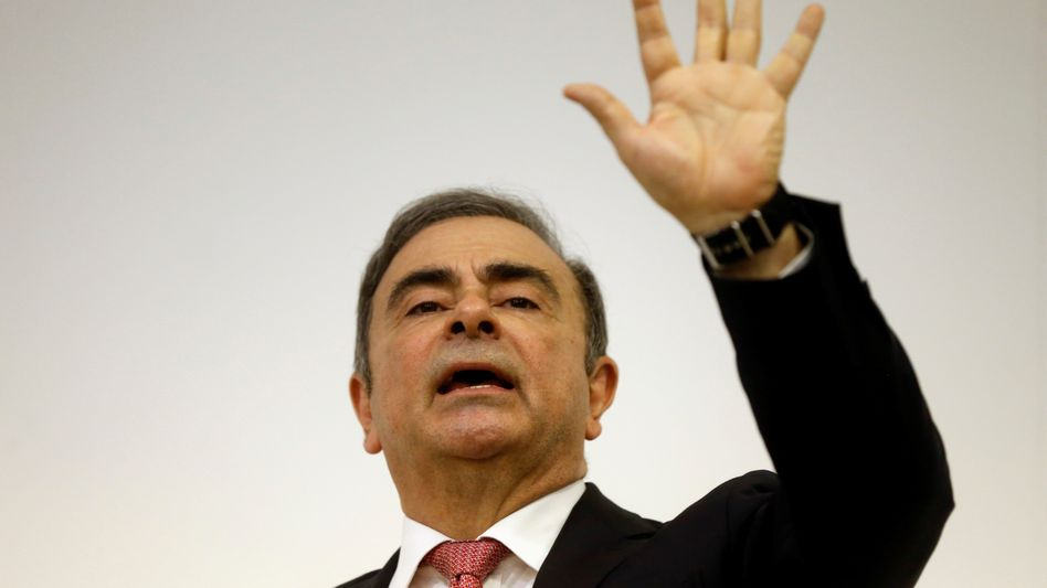 Schicksal als Spiel: Carlos Ghosn bei seinem Auftritt am Mittwoch in Beirut