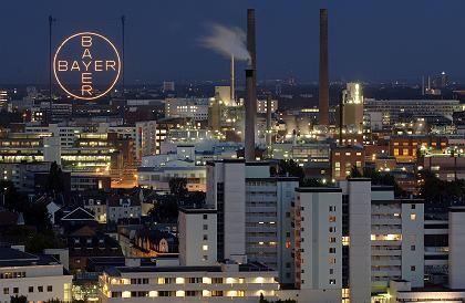 """Bayer-Werk in Leverkusen: Geringe Nachwirkungen des umstrittenen Medikamentes """"Baycol"""""""
