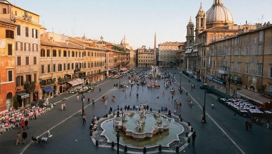 Neptun-Brunnen in Rom: Griechenland, Irland, Portugal und Zypern wurden mit Milliardenhilfen gerettet. Nun droht Italien in Schulden zu versinken