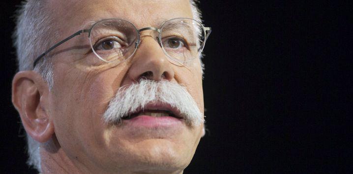 """Daimler-Chef Zetsche: """"Weiß viel zu wenig über den Fall"""""""