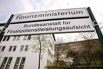 Bundesanstalt für Finanzdienstleistungsaufsicht: Geringere Ermittlungsmöglichkeiten als andere Wertpapierhandelsaufseher in der Finanzwelt