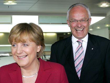 Angela Merkel, NRW-Sieger Jürgen Rüttgers: Gute Chancen auf reformfähige Mehrheit