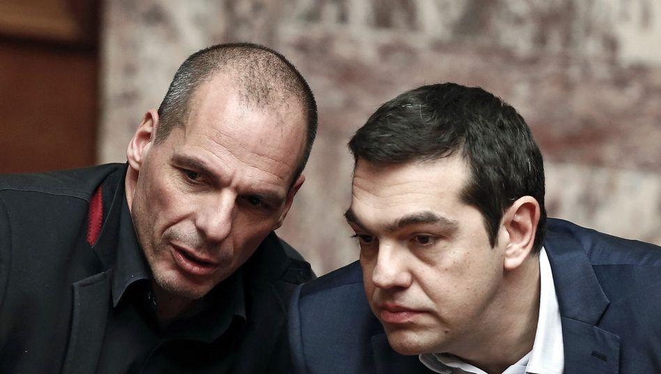 """Tsipras (rechts), Varoufakis: """"Wer in diesem Spiel Angst bekommt, wird es verlieren"""""""