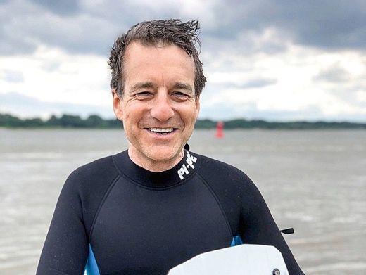 Wenn es geht, jedes Wochenende: Felix Ahlers (53) will Meer