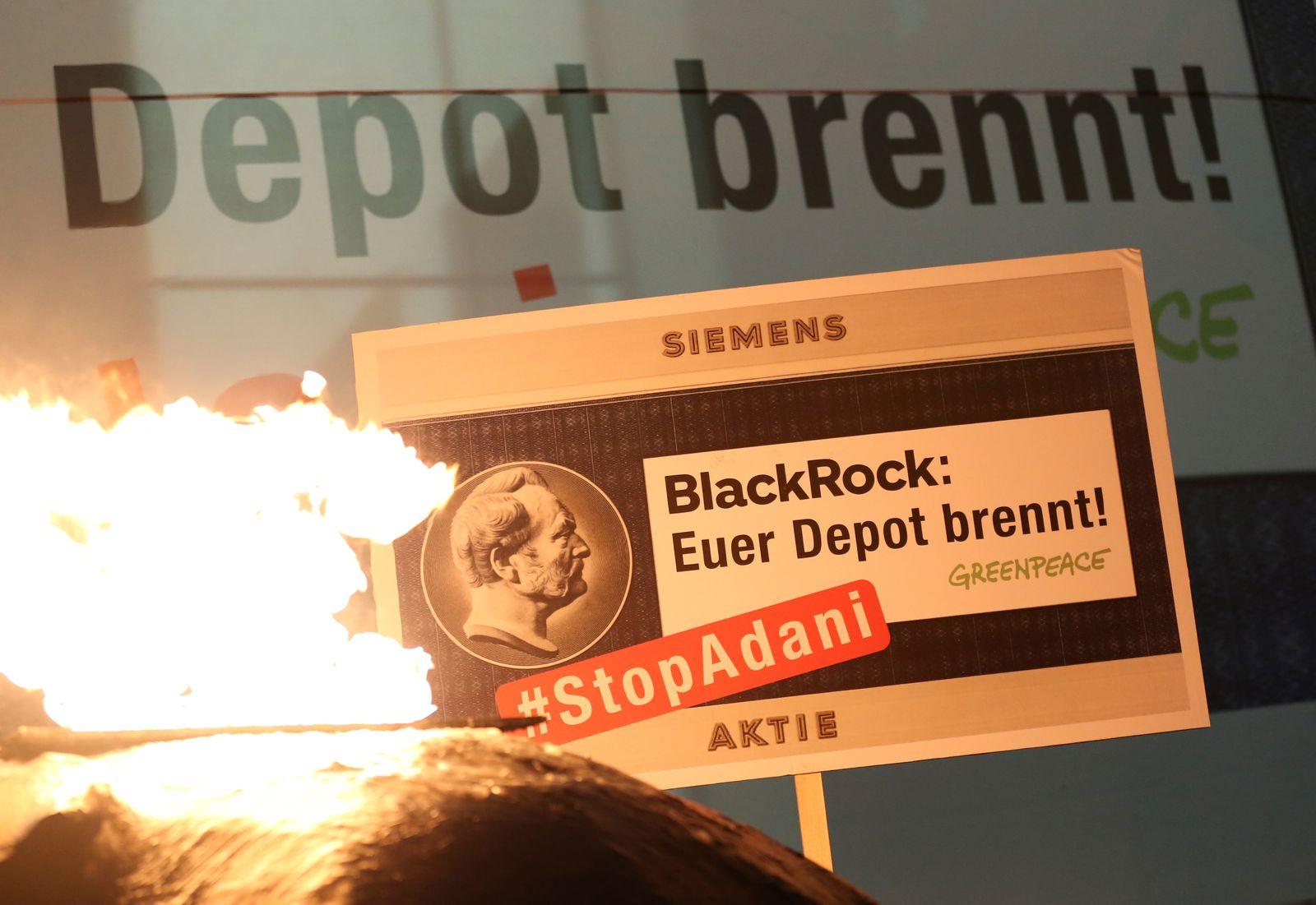 Blackrock / Siemens / Proteste