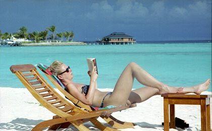 Trügerische Ruhe: Das verlängerte Bad in der Sonne kann schlimmere Folgen als nur den Sonnenbrand haben