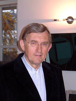 """Dieter Rickert: """"Bereits vorhandenes Wissen in eine allgemein verständliche Sprache übersetzen"""""""