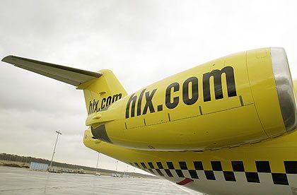 Unter fremden Farben: Auch der Billigflieger Hapag-Lloyd Express (HLX) nutzt Bischoffs Jets.