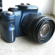 Irreführend: Die Lumix G1 ist keine Taschen-, nicht mal eine Parkataschenkamera