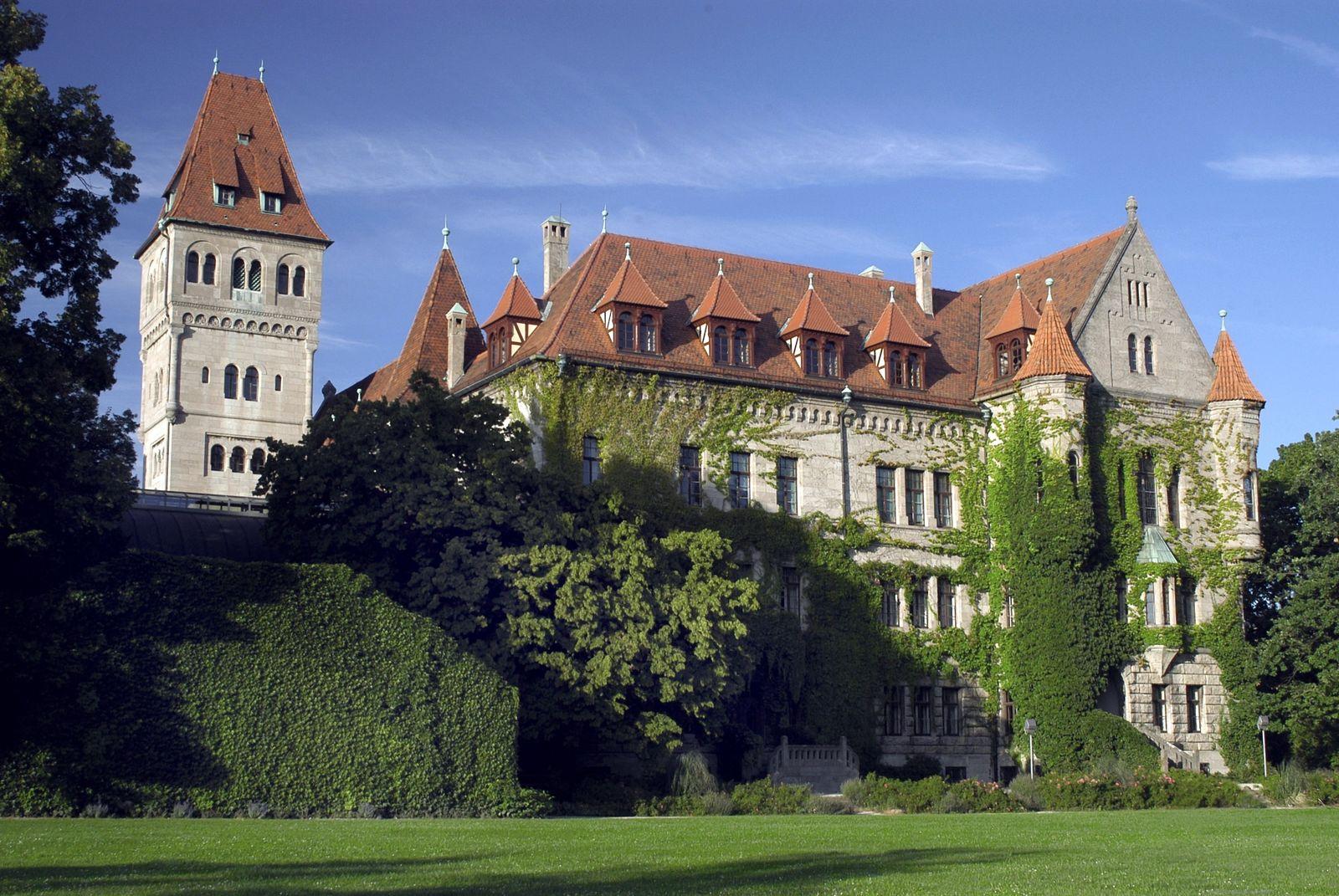 Schloß Faber-Castell in Stein