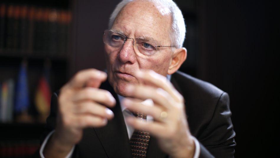 Packt zu: Deutschlands Finanzminister Wolfgang Schäuble.