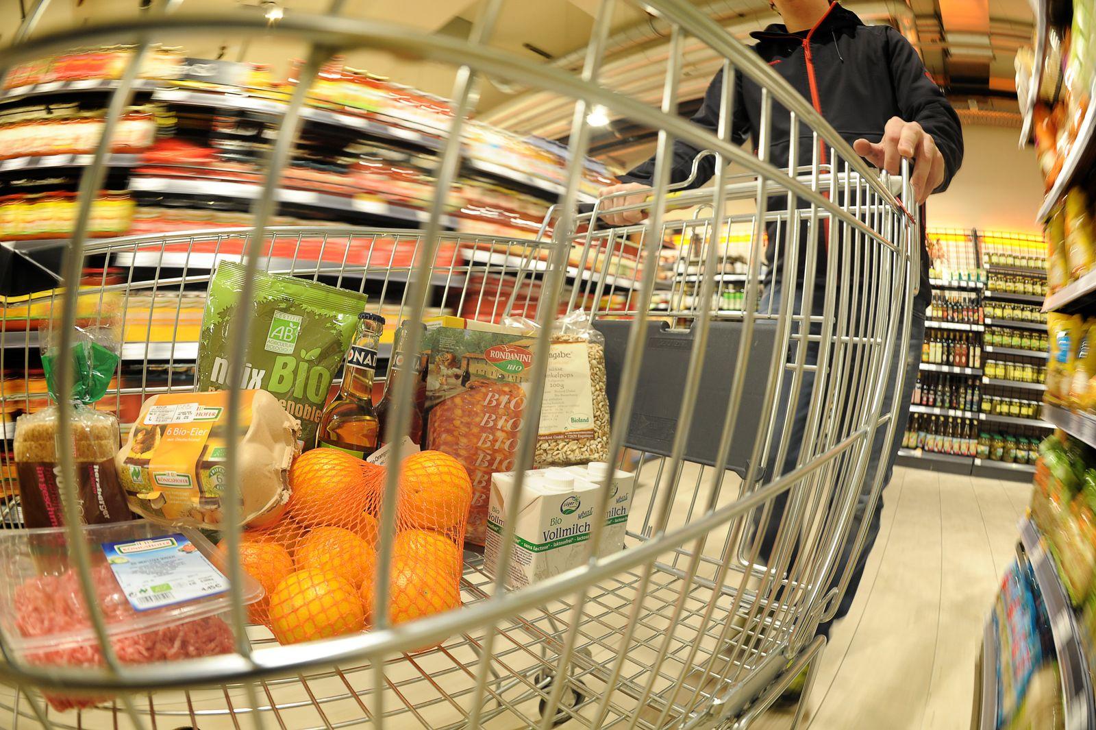 Symbolbild Nahrungsmittel / Einkaufswagen / Einkaufen