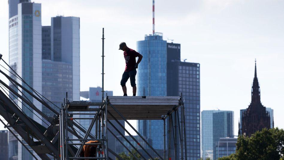 Arbeiter in Frankfurt: US-Unternehmen hängen europäische derzeit in Sachen Innovation ab.