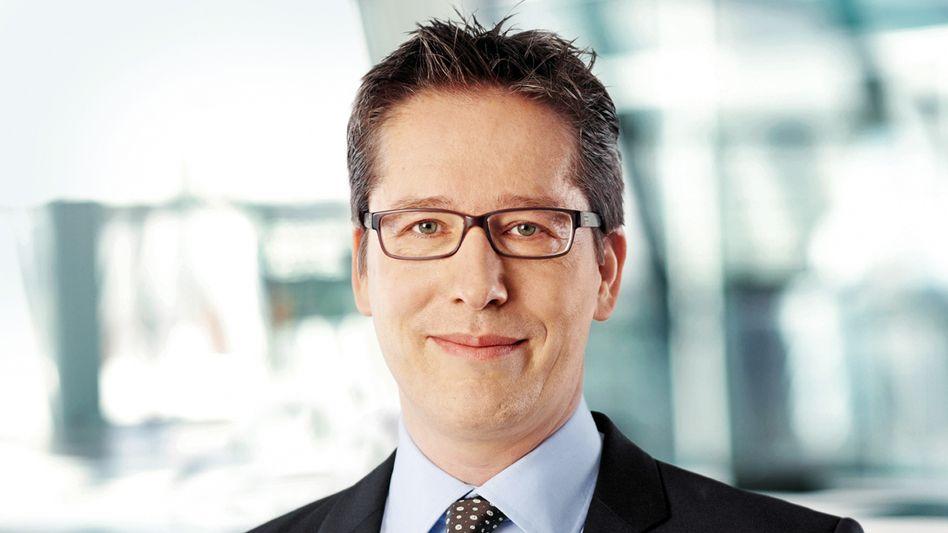 Postbank-Chef Strauß: Laut Insidern macht er sich für den Verkauf eines größeren Aktienpakets an der Börse stark