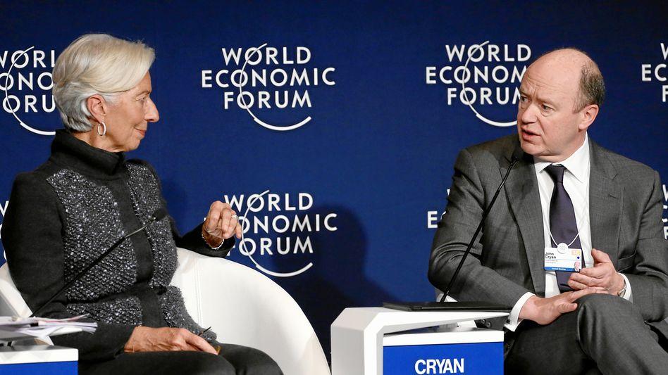 Movers und Shakers: Deutsche-Bank-Chef Cryan mit IWF-Chefin Lagarde in Davos