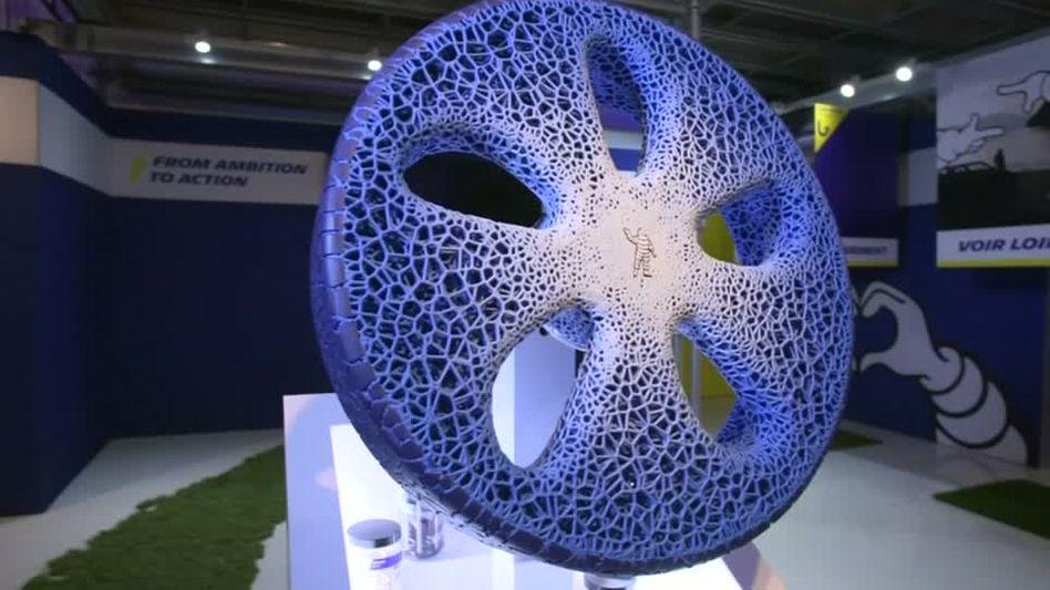 Der Reifenproduzent Michelin zeigt seine Zukunftsvision eines unplattbaren Autoreifens