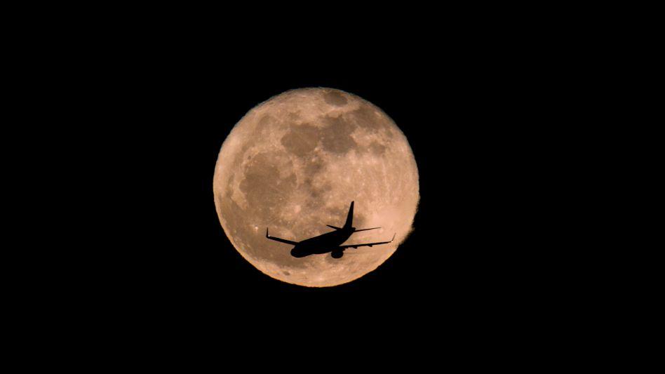 Vollmond: Bis 2030 soll es laut NASA eine Mondsiedlung für Astronauten geben. Diese bekommen auch ein eigenes LTE Mobilfunknetz dort oben
