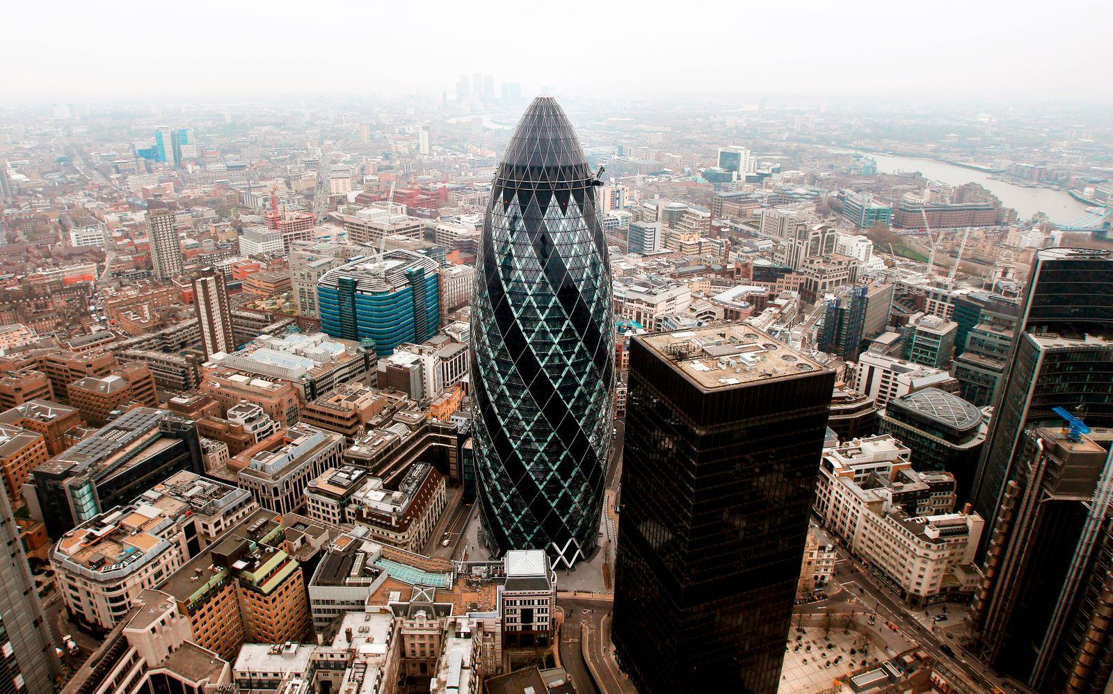 the Gherkin / London