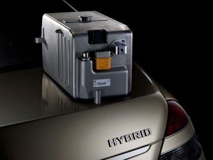 Kostbare Blechschachtel: Einbaufertige Batterien bestehen aus vielen Lithium-Ionen-Zellen