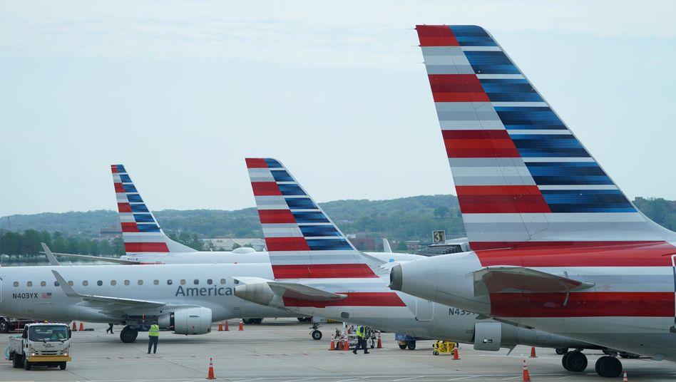 Viele Maschinen von American Airlines stehen wegen der Corona-Krise immer noch am Boden