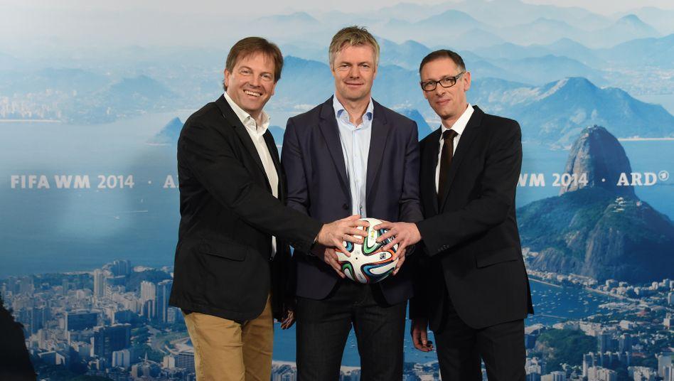 Die ARD-Kommentatoren Gerd Gottlob (l-r), Tom Bartels und Steffen Simon