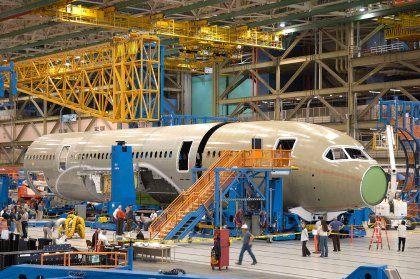 Flugzeug-Rohbau bei Boeing: Jahresproduktion 2010 ausverkauft