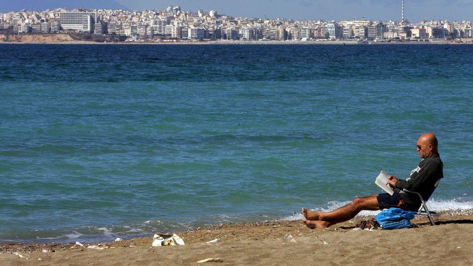Einsamer Tourist bei Athen: Griechenland geht die Puste aus