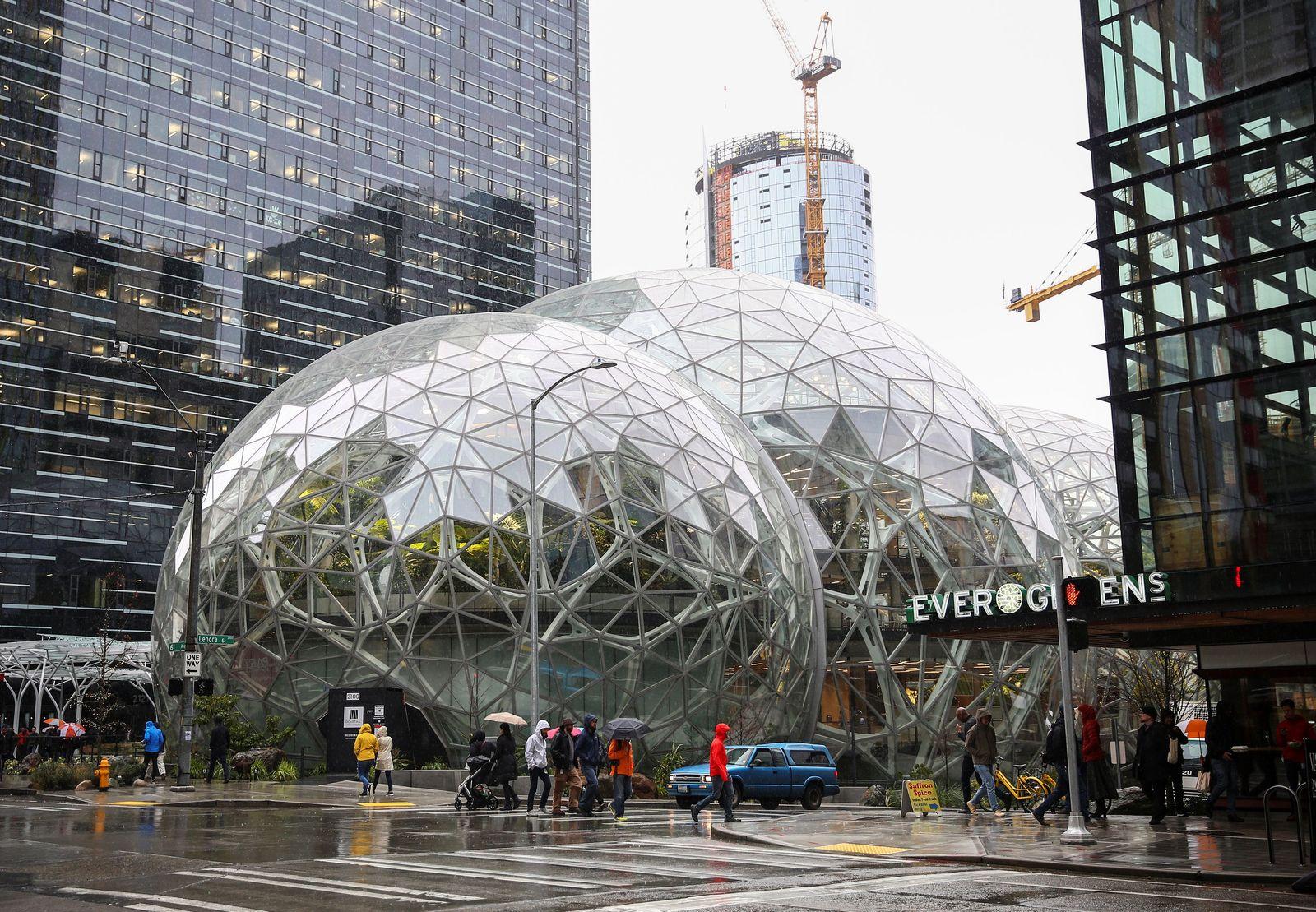 Amazon Spheres / Außenansicht