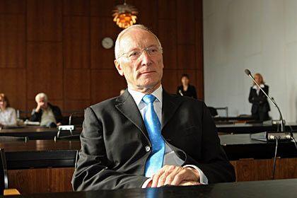 BGH-Entscheid: Ex-WestLB-Chef Sengera wird offenbar bald wieder vor Gericht erscheinen müssen