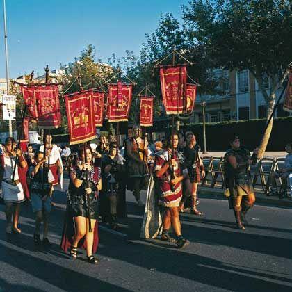 Lebendige Antike: Im September ziehen die Einwohner von Cartagena als Karthager und Römer verkleidet durch die Straßen der Mittelmeerstadt
