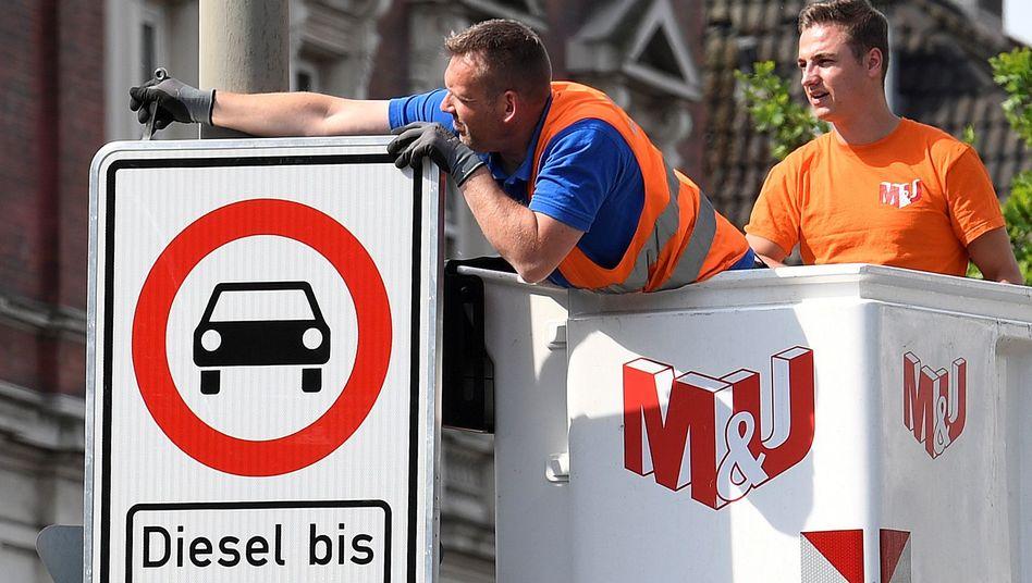Fahrverbot für ältere Dieselfahrzeuge in Hamburg: Koalition will das Problem durch Anreize für einen Neukauf entschärfen