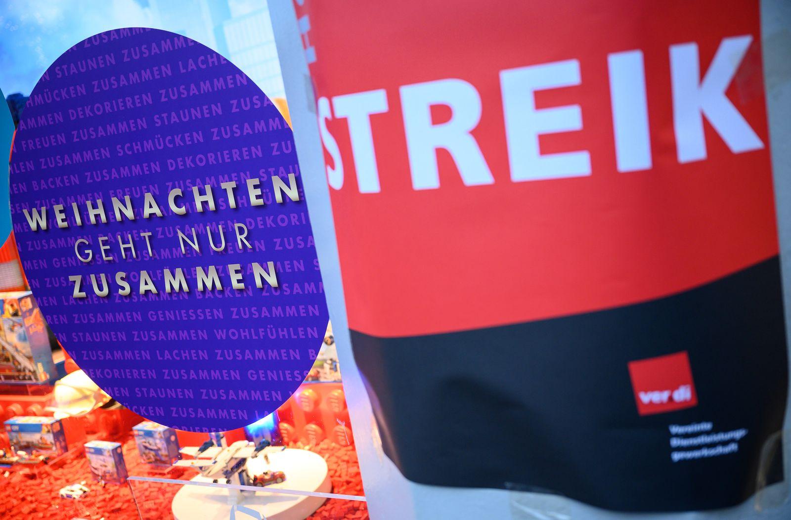 Streik von Kaufhof- und Karstadt-Beschäftigte