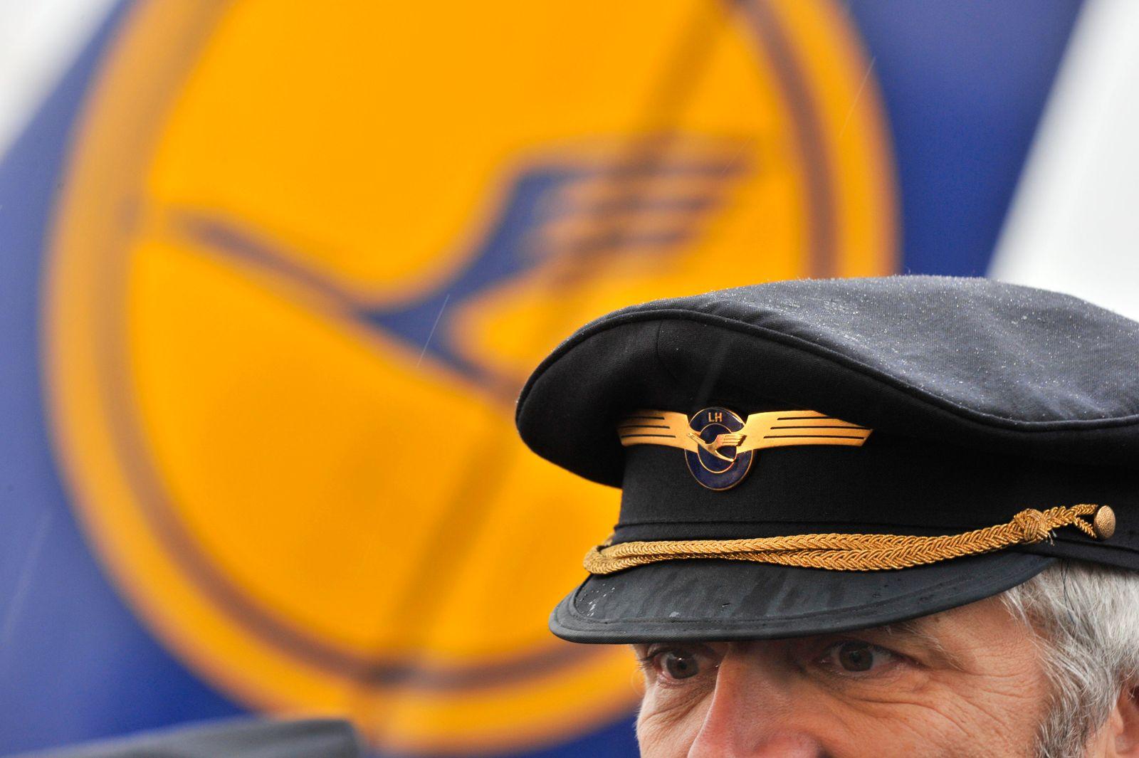 Lufthansa - Urabstimmung zu Streik
