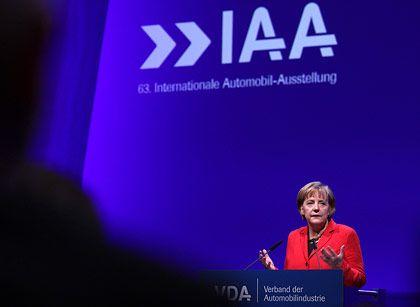 """""""Wenn asiatische Märkte die Führungsrolle übernehmen, gehen uns die Märkte verloren"""": Kanzlerin Merkel bei der IAA-Eröffnung in Frankfurt"""